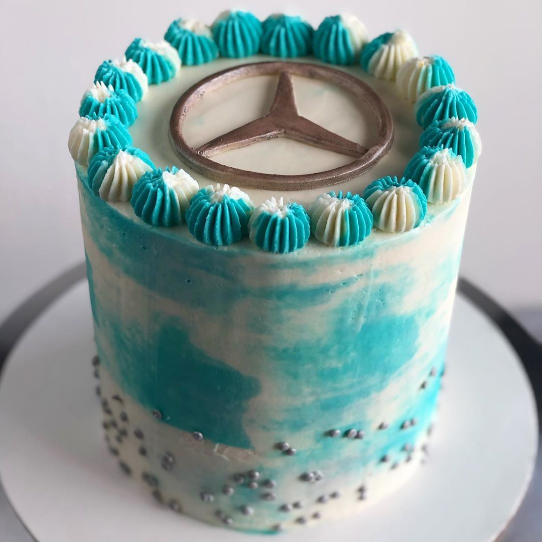 ✔pictame webstagram 🔥🔥🔥 Instagram post by @jenniferstable | Birthday cake for a Lewis Hamilton fan!  Wilton  | 🔥GPLUSE.CLUB