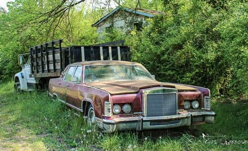 Abandoned Lincoln