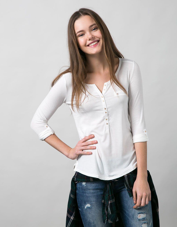 f37fa7269ed99 Camiseta panadera básica manga larga con bolsillo - Camisetas - Bershka  España