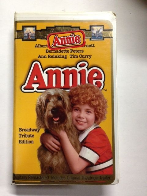 Annie Vhs 1997 Broadway Tribute Edition Clam Shell 043396223103