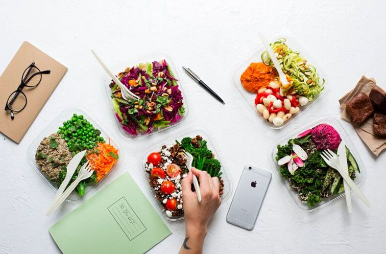 Our Top 5 Favourite Healthy Delivery Services In London Hip Healthy Food Healthy Food Delivery Dessert Calories