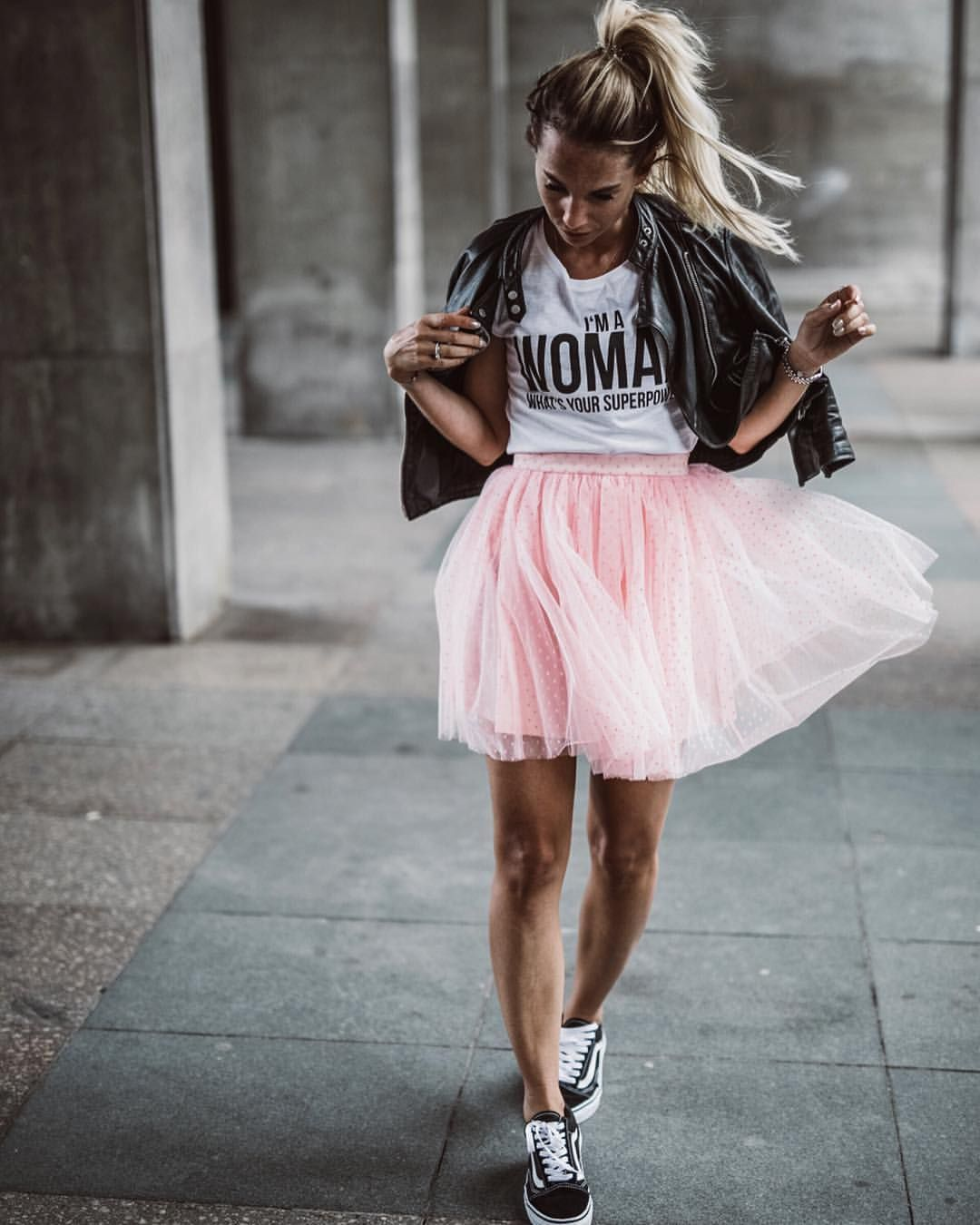 Pin By Anna Z On Style With Images Skirt And Sneakers Tutu