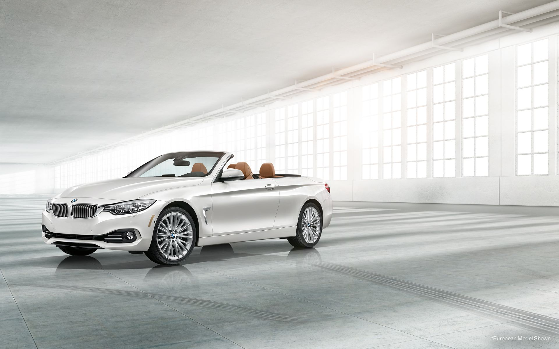 The 4 Series Convertible In Mineral White Metallic