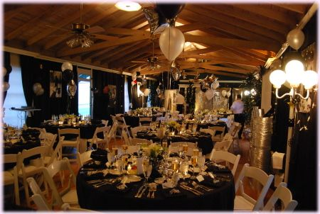 Prom decorations and themes housewife the prom mom for How can prom venues be decorated