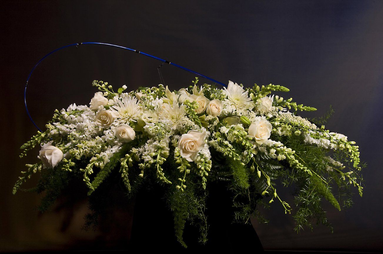 Uitvaart bloemen funeral flowers funeral sprays pinterest uitvaart bloemen funeral flowers izmirmasajfo