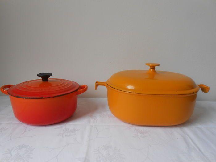 """Online veilinghuis Catawiki: """"Le Creuset"""" - 2 kookpotten in geëmailleerd gietijzer."""
