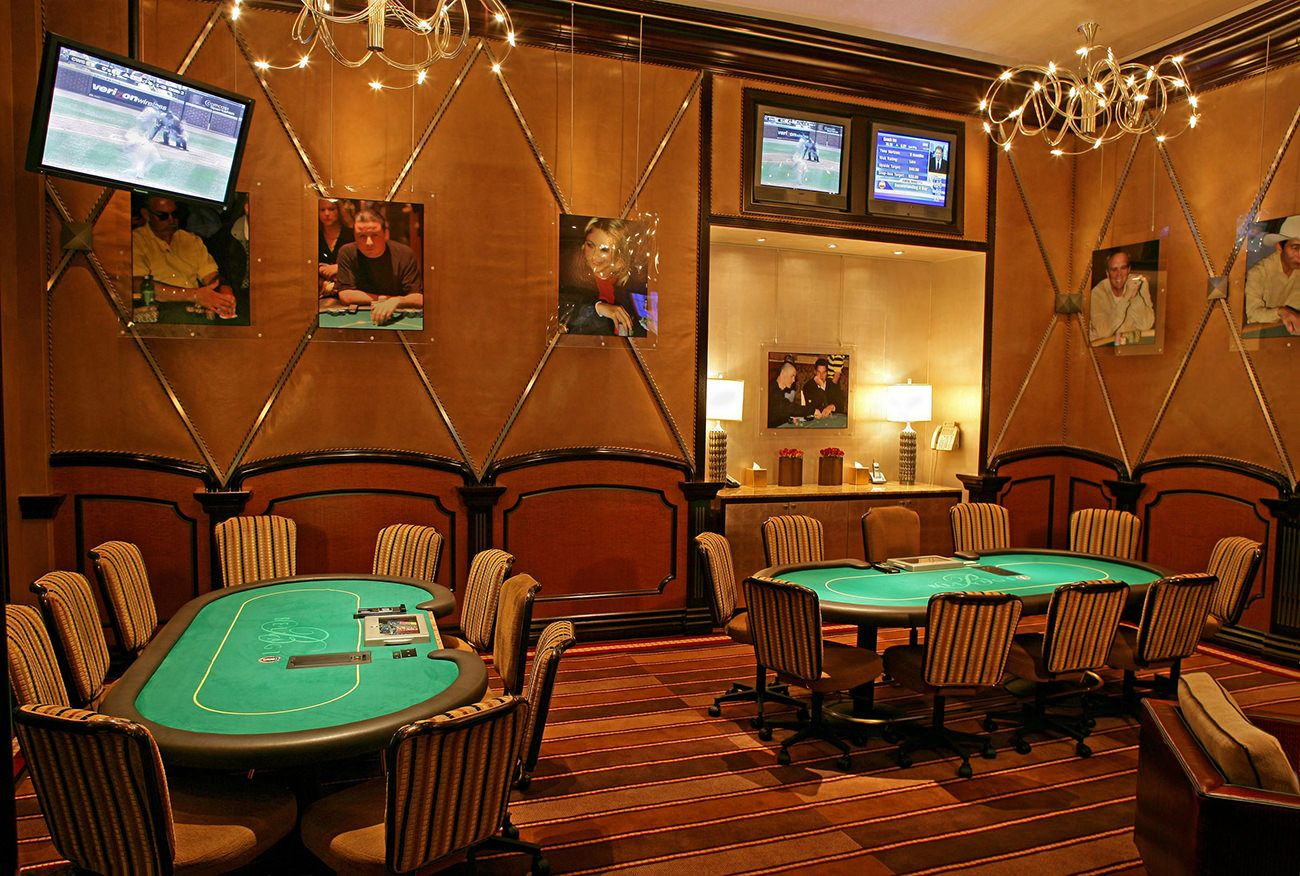 The Bellagio, Las Vegas : iconic luxury - via www.themilliardaire.co