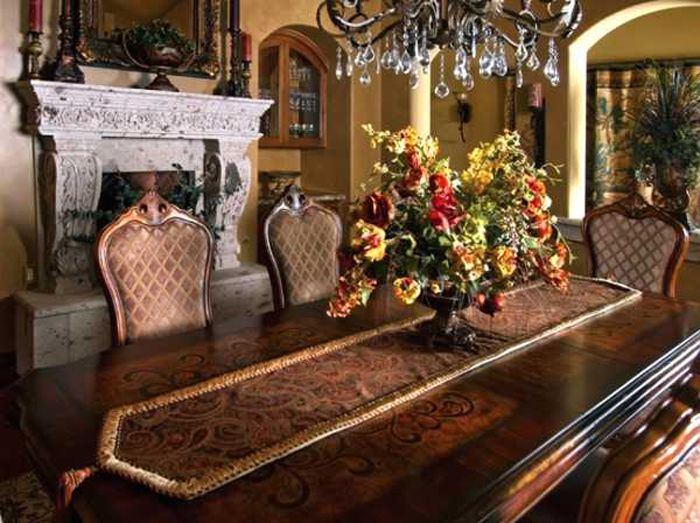 Room table decorating ideas formal dining room table for Formal dining table centerpiece ideas