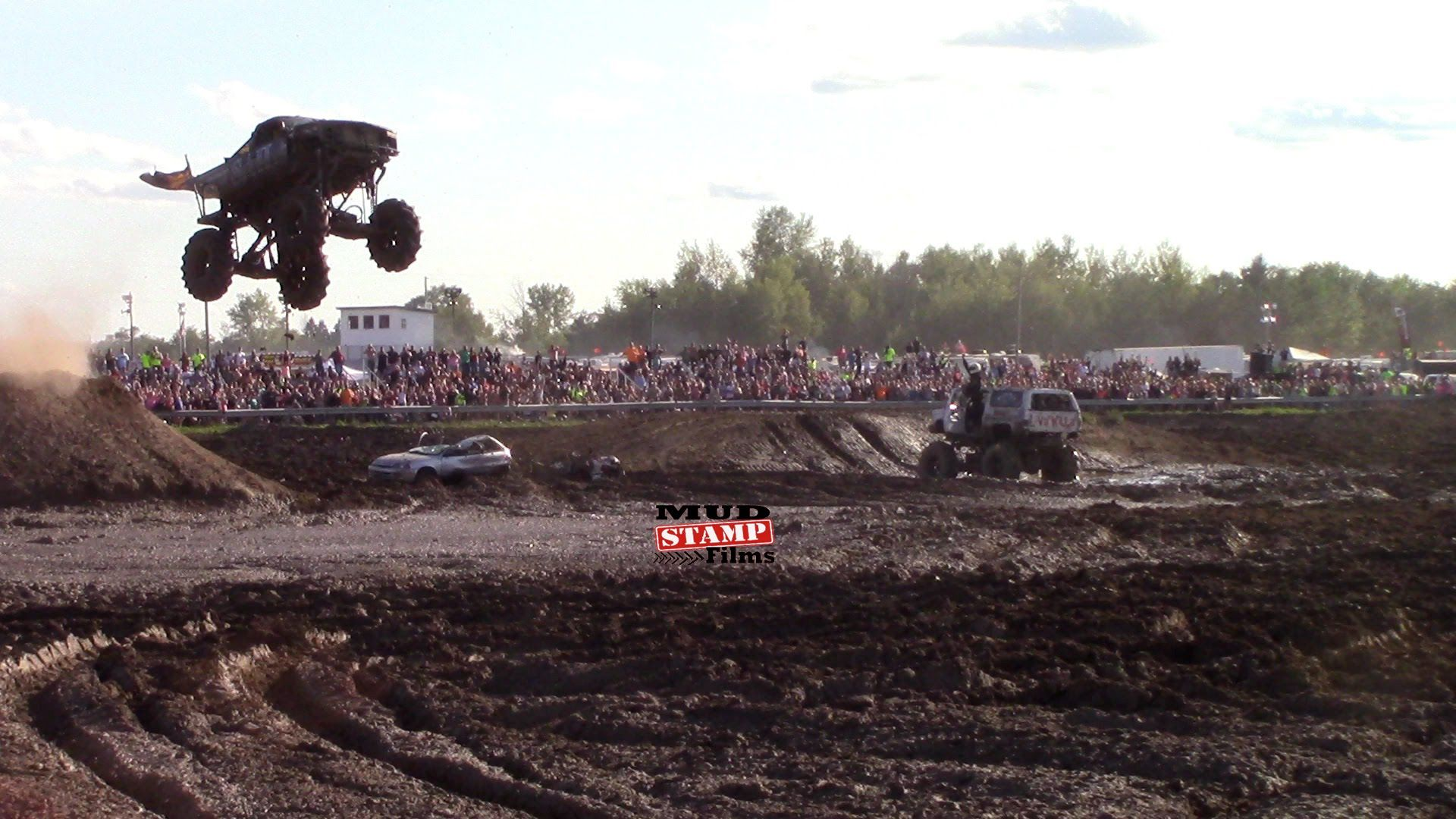 Trucks Gone Wild Michigan >> Sail Mega Truck Huge Air Michigan Mud Jam 2015 Mud Trucks