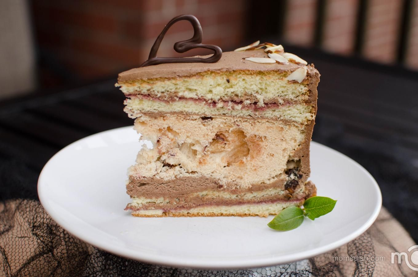 Almond Chocolate Leche Cake