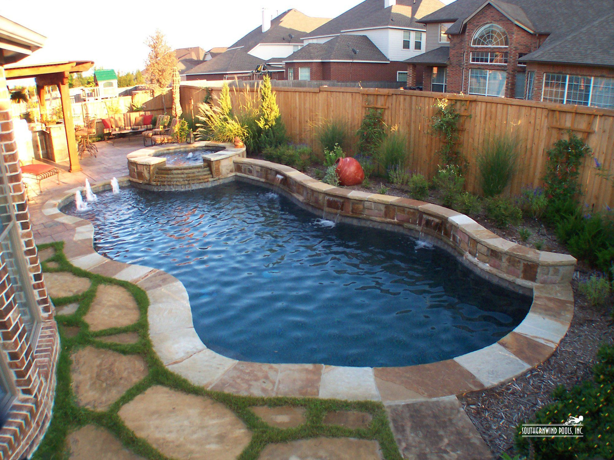 Southernwind Pools Our Pools Natural / Free Form Pools