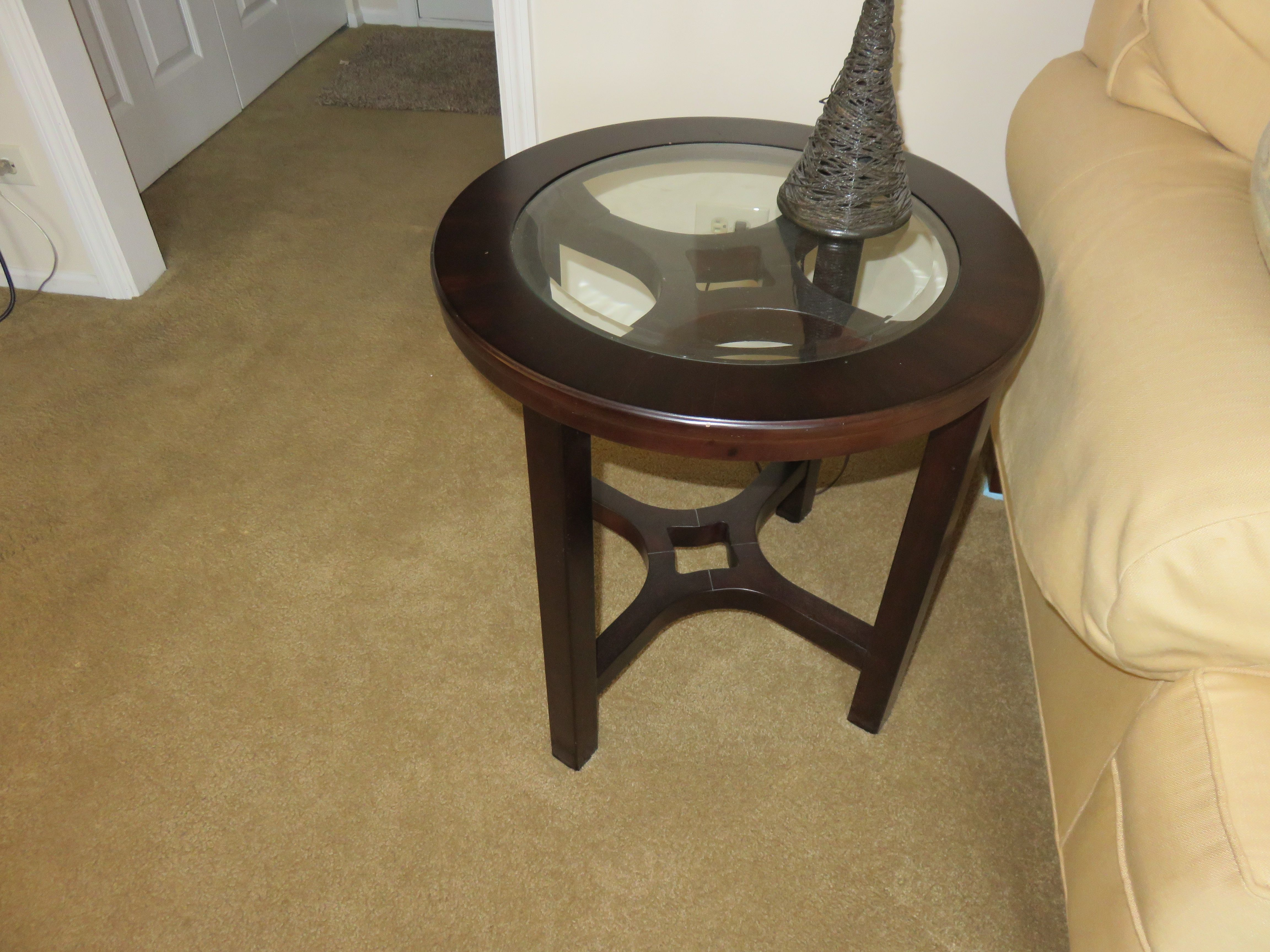 Glass Topped End Table See Matching Coffee Table Glass Top End Tables Table End Tables