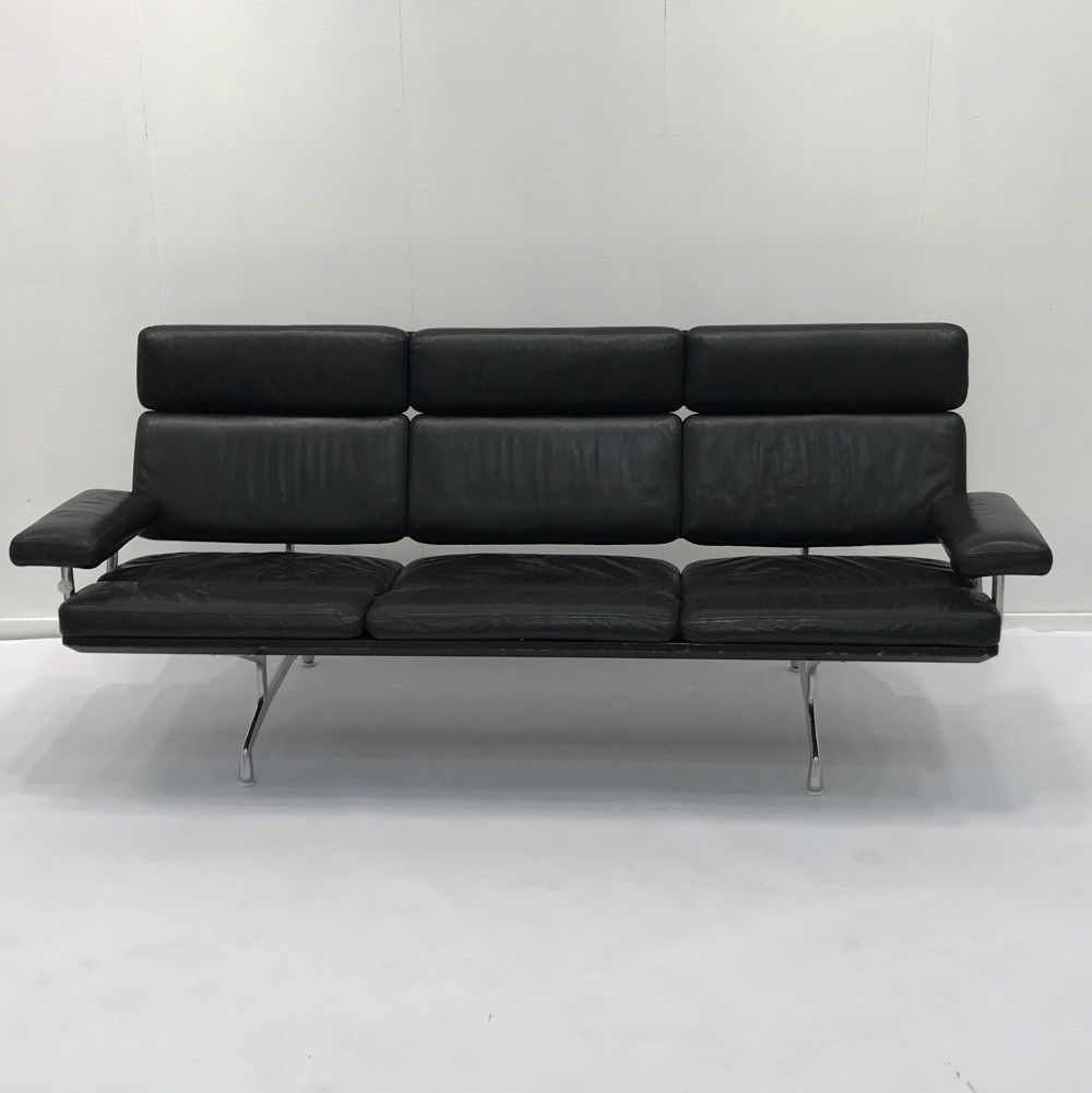 Surprising The Eames Sofa By Charles Ray Eames 1980S Design World Dailytribune Chair Design For Home Dailytribuneorg