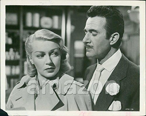 "Vintage Photo of LANA TURNER, GILBERT ROLAND ""The Bad and the Beautiful"" (1169272) for USD15.00 #Beautiful Like the Vintage Photo of LANA TURNER, GILBERT ROLAND ""The Bad and the Beautiful"" (1169272)? Get it at USD15.00!"