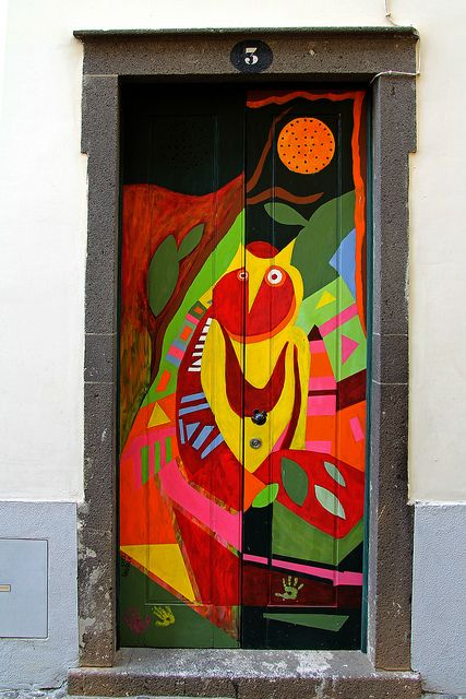The Painted Doors Of Old Funchal Madeira 34 Com Imagens