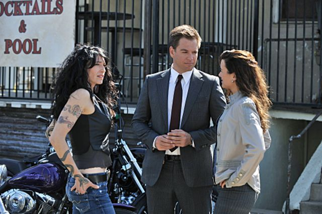 Geekery overload  Claudia Black on NCIS *squee*