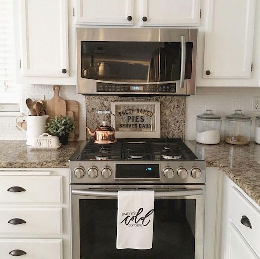 Staging Kitchen Counters: 50 Elegant Farmhouse Kitchen Decor Ideas (20