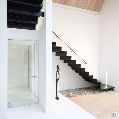 Moderne glazen deur woonkamer, op maat gemaakt met goede toch- en ...