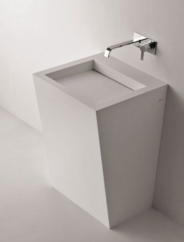 Slash, freestanding bathroom sink in Corian by Antonio Lupi _