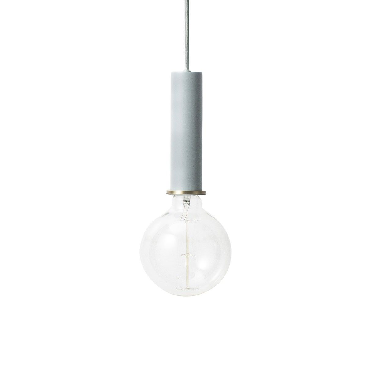 Suspension Socket GM Bleu clair Ferm living La marque