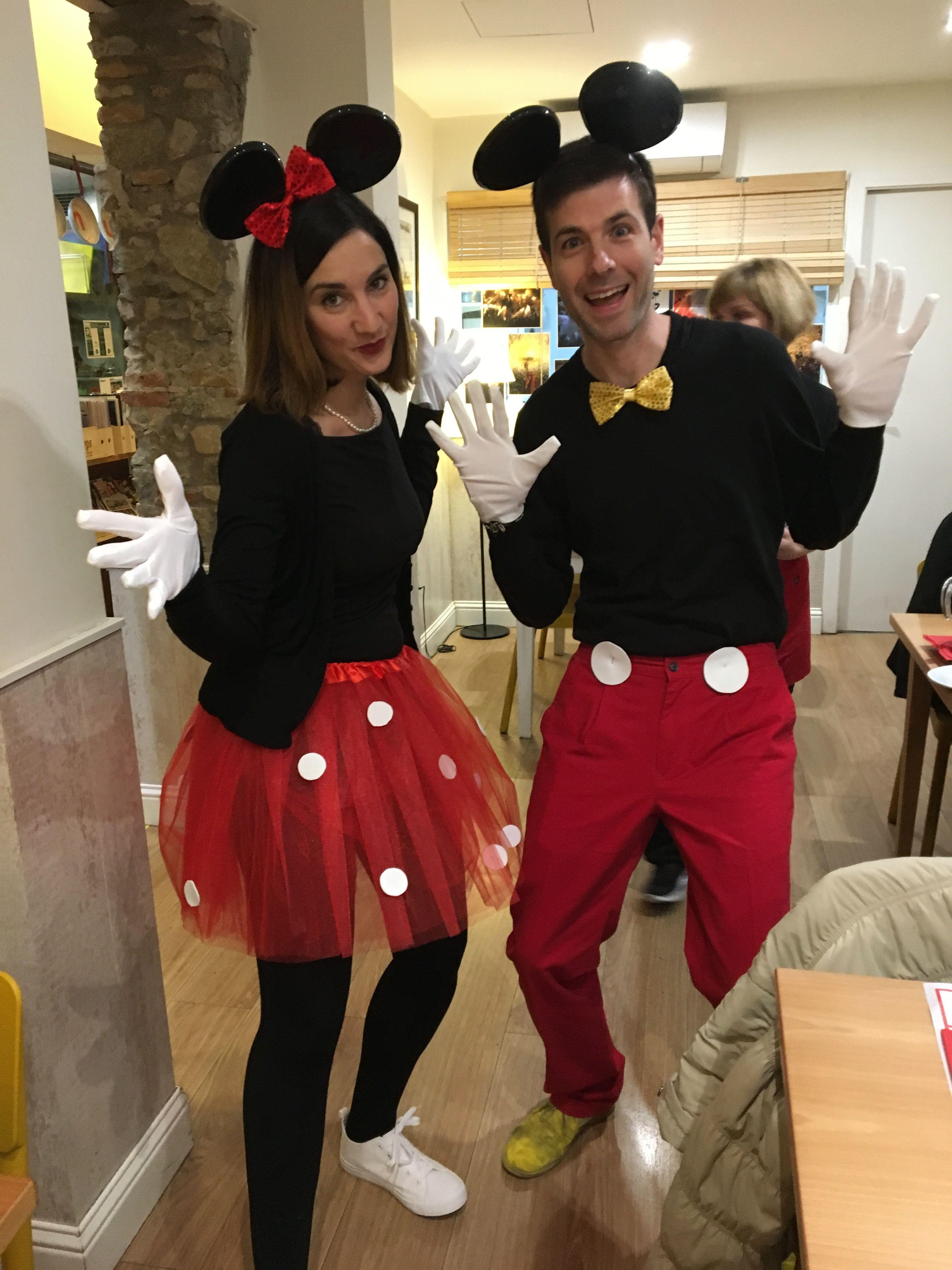 disfraz #pareja #disney #mickey #minnie #carnaval #costume #couple  #carnival #halloween #disneyc… | Traje de mickey, Traje de mickey mouse, Disfraz  mickey y minnie