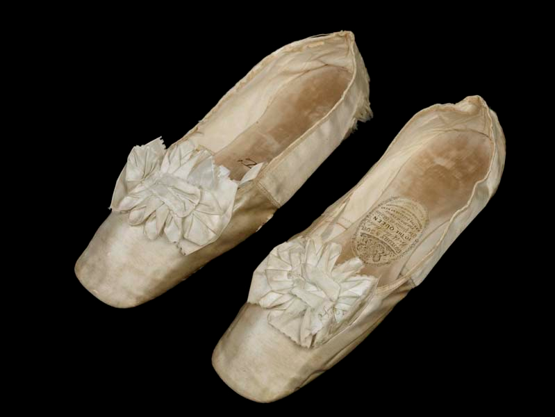 Made Dancing Slippers Satin Silk Between Of Queen Ivory Victoria's E7wqwH0