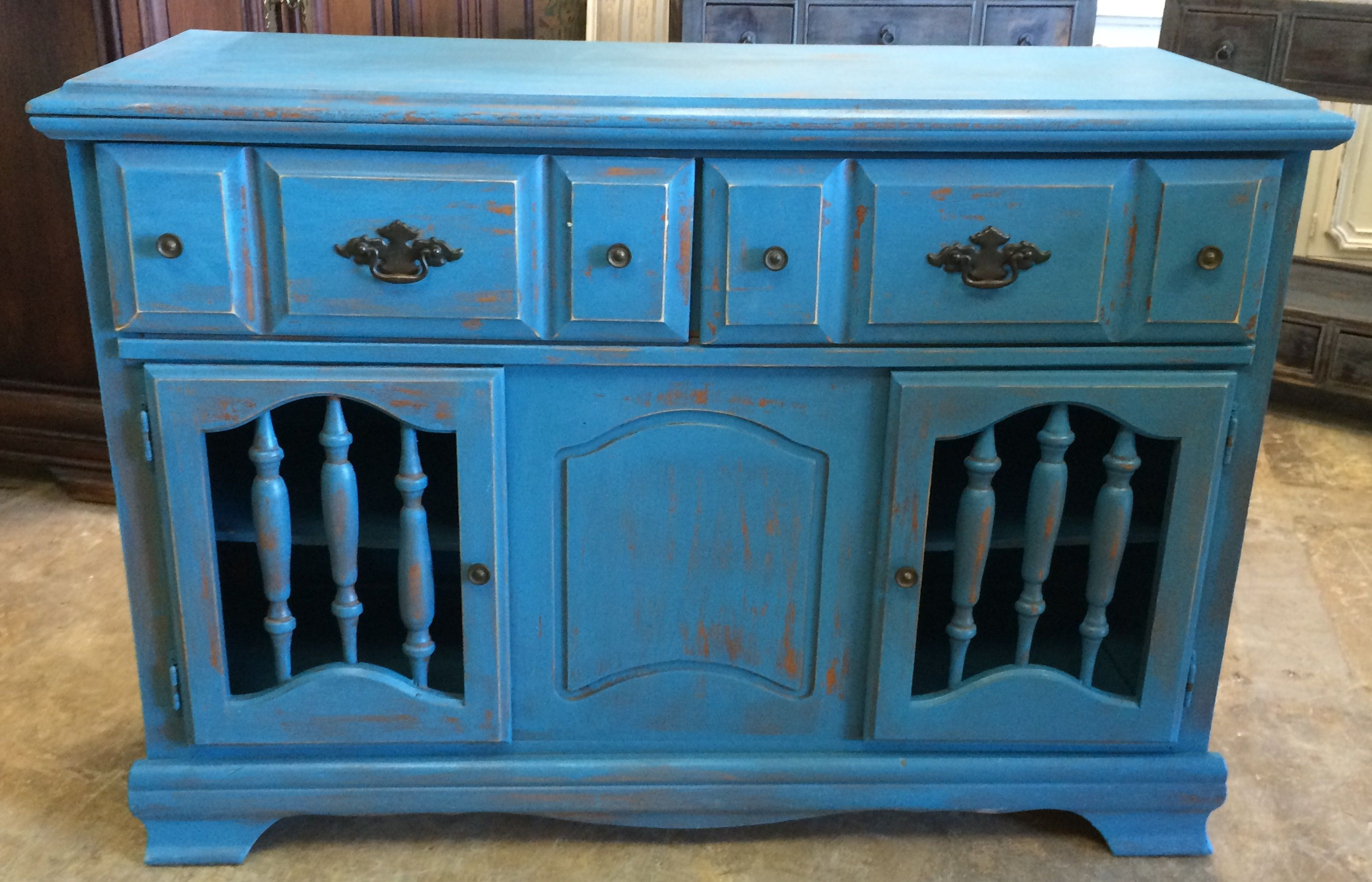 Here Is Another Great Versatile Piece It Would Actually Be Great As A Little Tv Stand But I Was Thinking More Of Shabby Chic Cabinet Shabby Chic Accent Pieces
