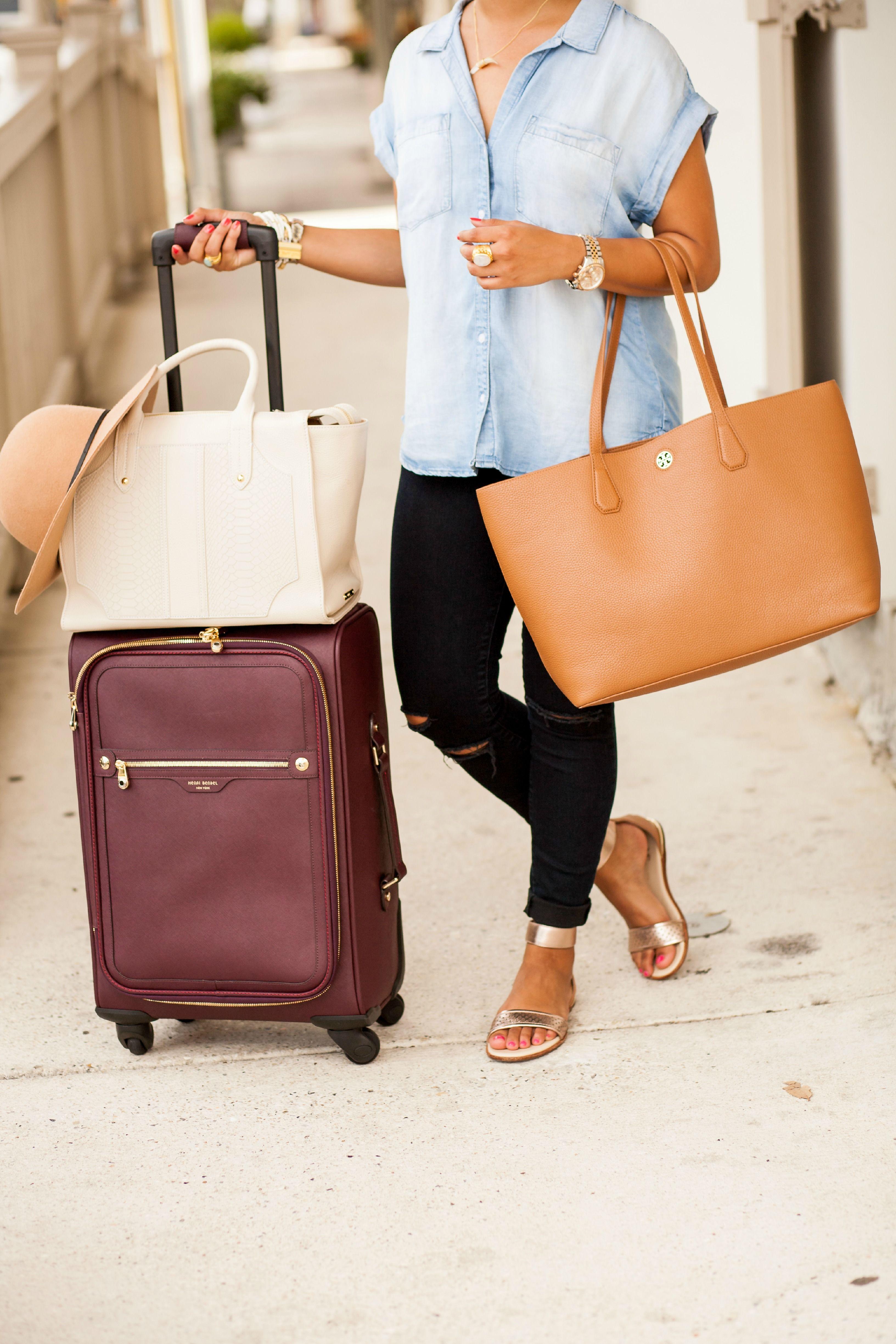 5d916314bbf8 New York Fashion Week Packing