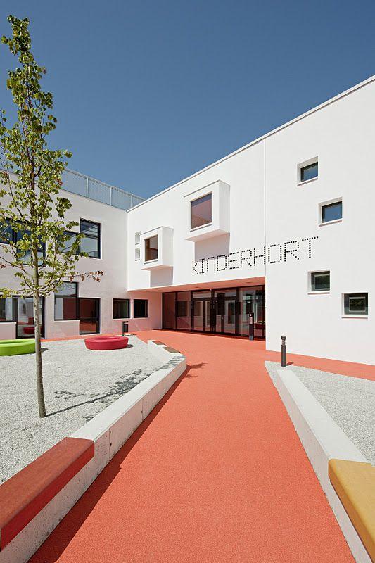 Centro educativo maria enzersdorf childcare centre maria for Centro medico ciudad jardin