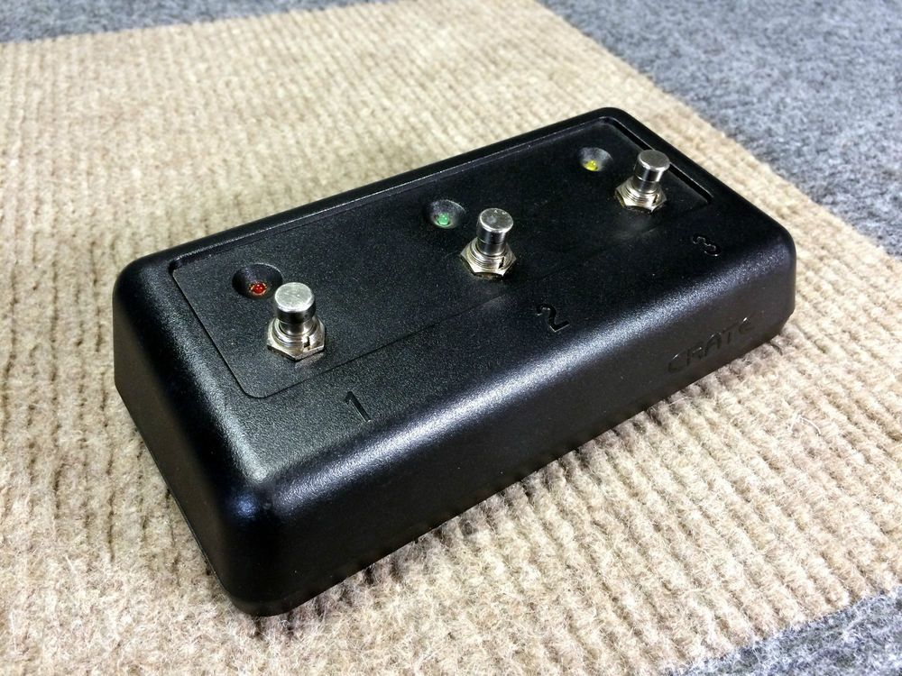 WORKS PERFECT CRATE 3 BUTTON LED GUITAR AMP FOOTSWITCH FX