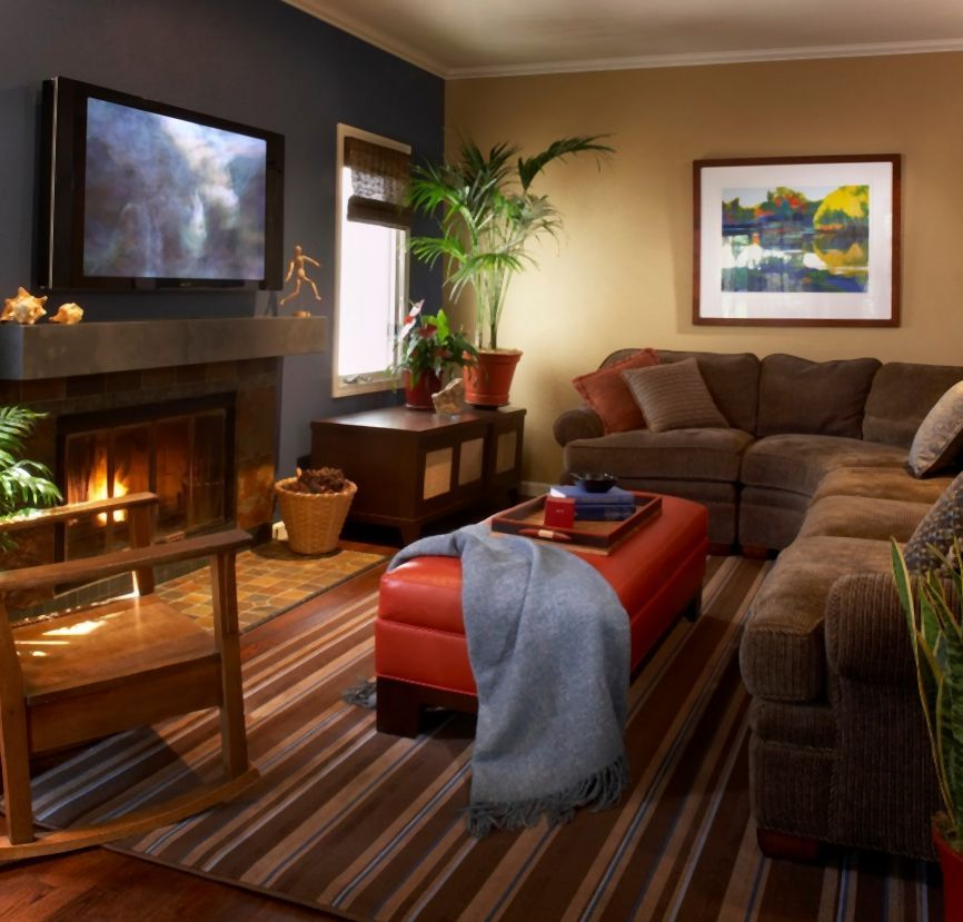Warms living rooms paint color to enjoy warm living for Family room ideas with tv