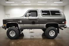 1987 Chevrolet K-5 Blazer | Classic Car Liquidators in Sherman, TX