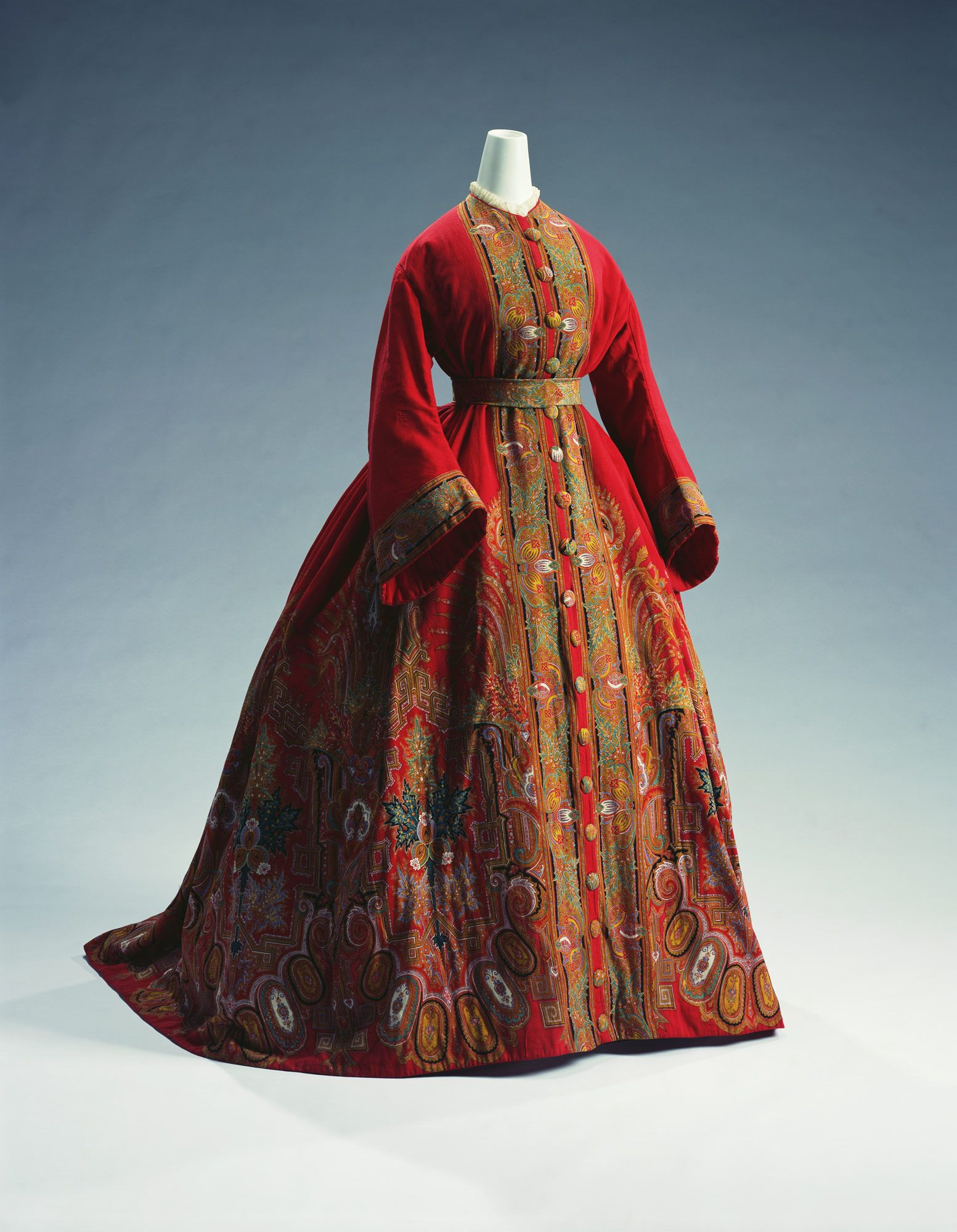 Pinned from the Kyoto Costume Institute. A dressing gown with ...
