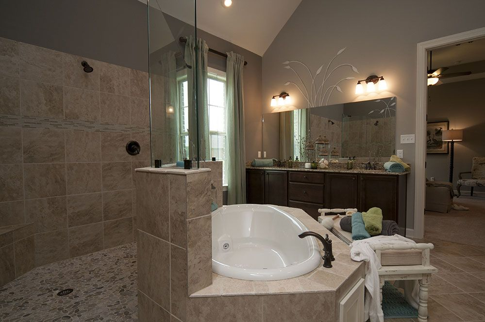 Regency Homebuilders : Open Concept Living, Large Master Bathroom ...
