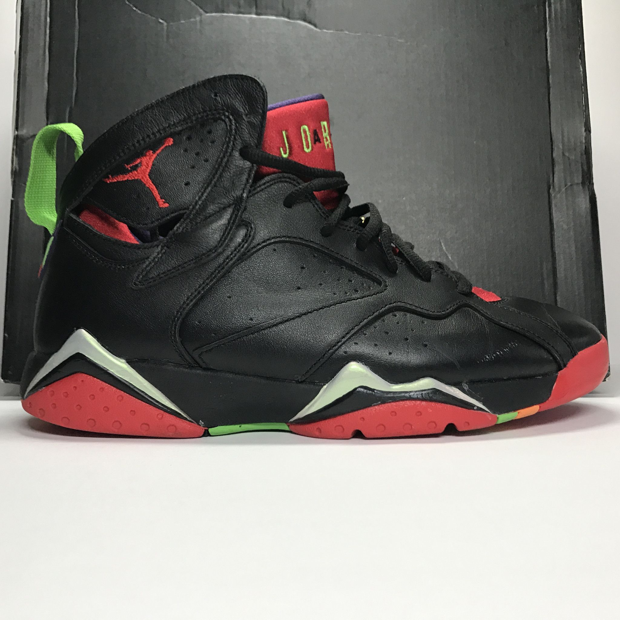 nike air jordan retro vii 7 marvin the martian tattoos