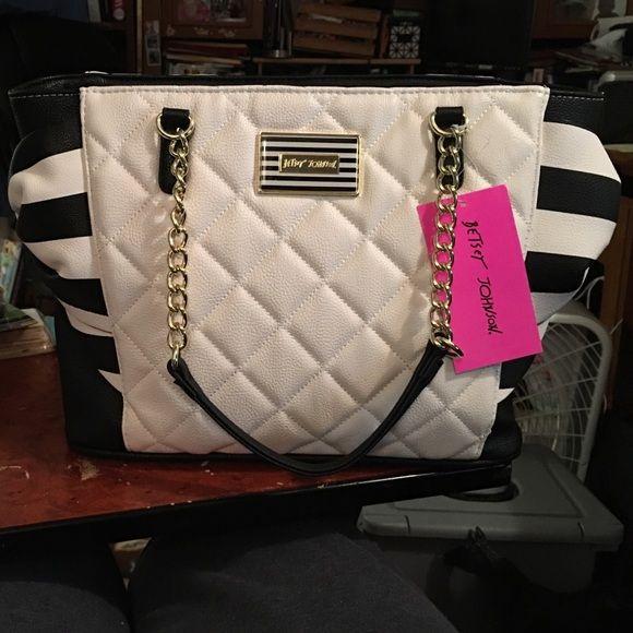 Betsey Johnson purse BRAND NEW BRAND NEW!!! Betsey Johnson Bags