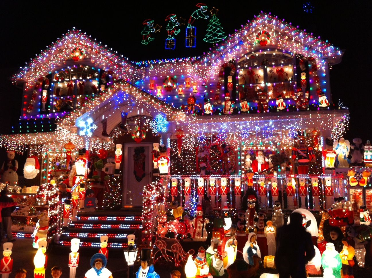 Christmas Houses Decorated Pleasing Sushi Shopping And Studying  Decorating House And Decoration Design Ideas