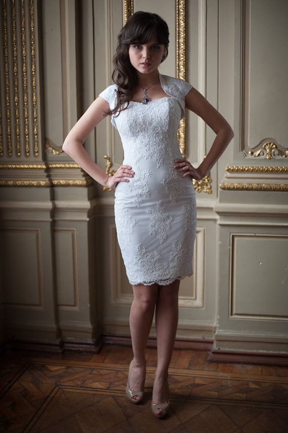 Fitted Style Short Wedding Dress M30 Short Lace Wedding Dress Fitted Lace Wedding Dress Short Wedding Dress
