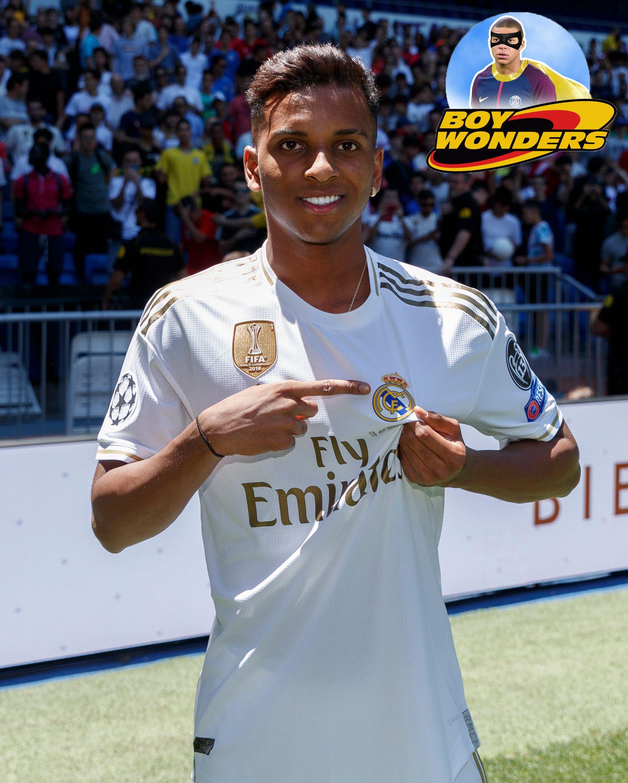 Pin By Lola On Lshshshsh In 2020 Real Madrid Real Madrid Team Madrid