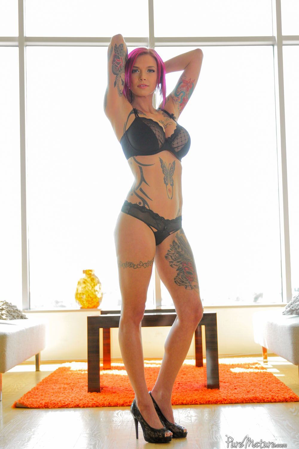 Puremature tattooed anna bell peaks stunning body of art 8