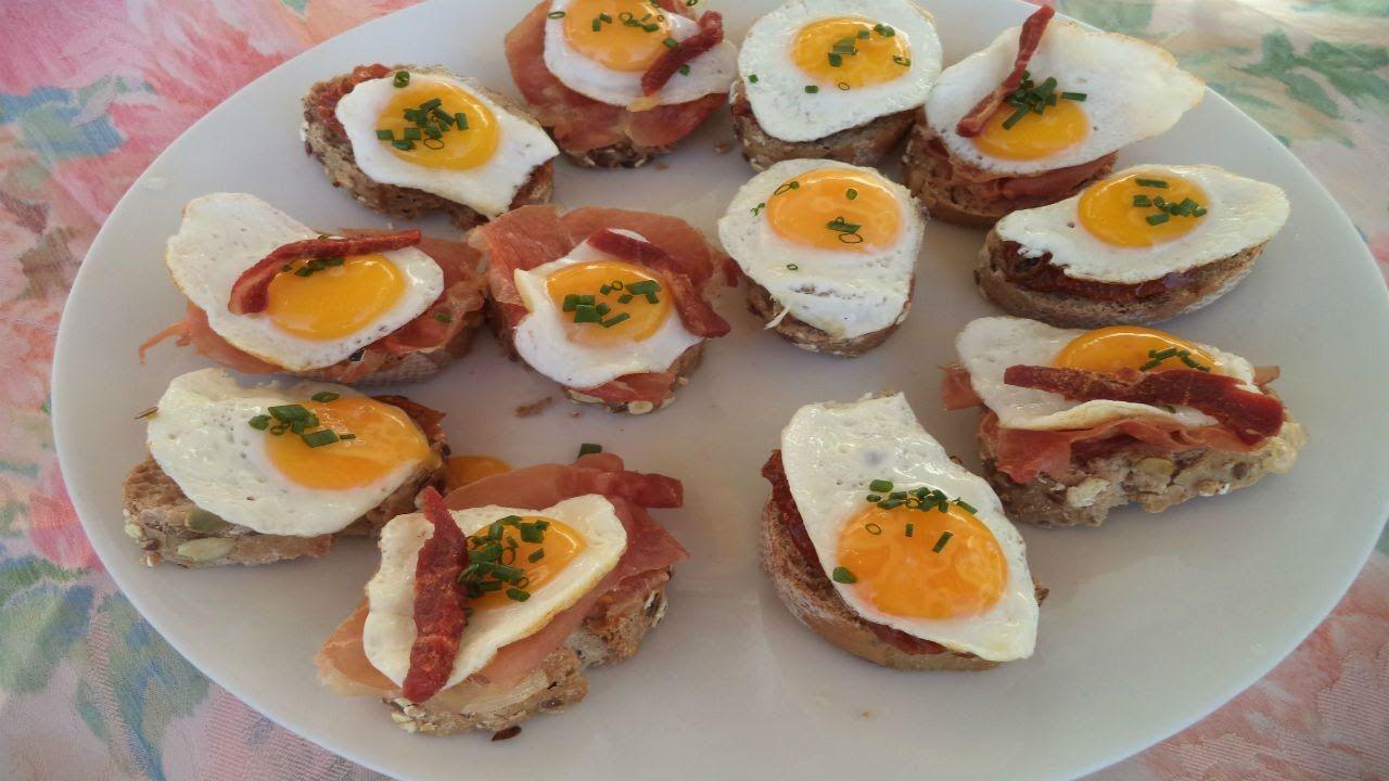 Canapés Con Crujiente De Jamón Y Huevos De Codorniz