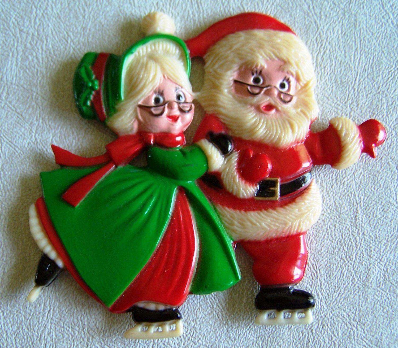 Christmas Santa & Mrs. Claus Ice Skating Vintage Decorative Pic - Made in Hong Kong (With images ...