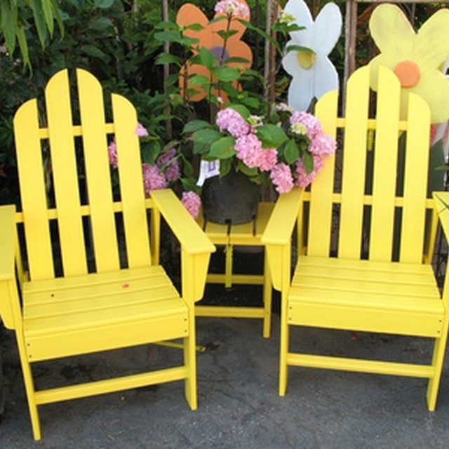 How to Paint Outdoor Wooden Furniture   Outdoor wood ...