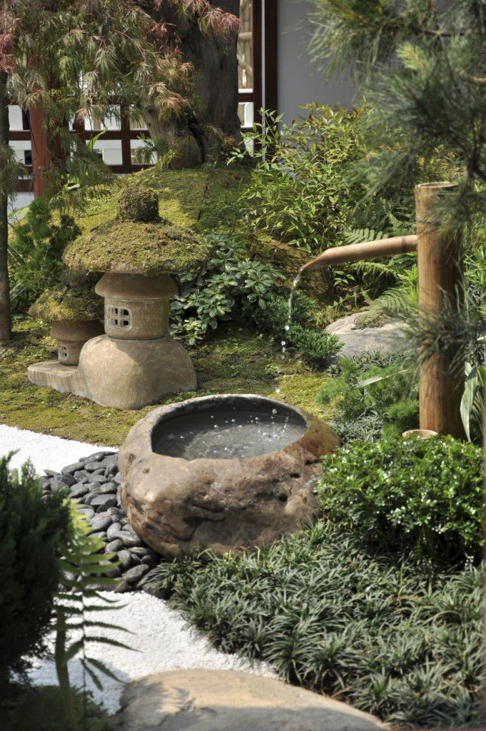21 Japanese Style Garden Design Ideas Bamboo fountain Fountain