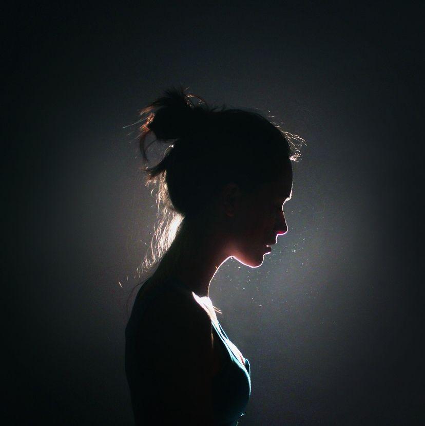 22 Ideen für das Fotografieren mit dem Selbstporträt - Diy Für Alles #portraitphotography