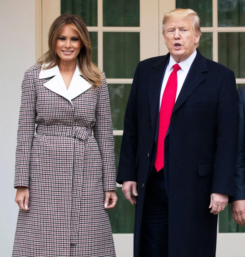 Melania Trump Rings In The New Year Wearing A 4 740 Givenchy Dress First Lady Trump Fashion Milania Trump Style