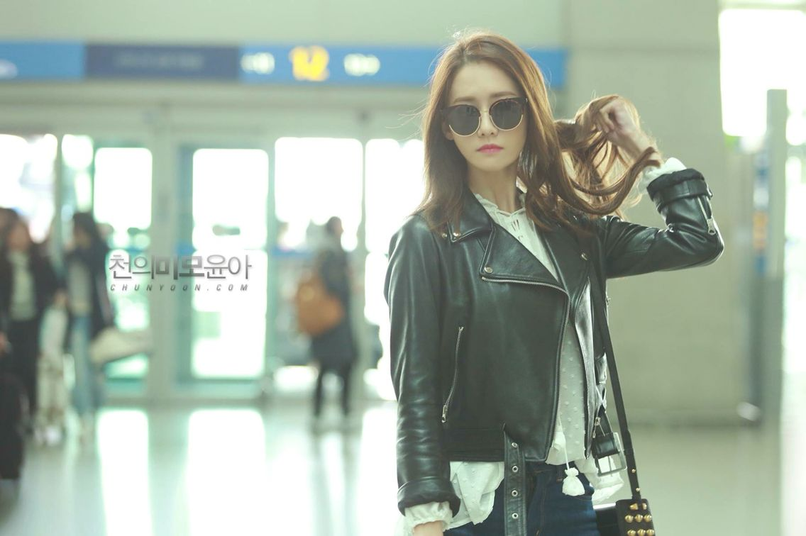 #Yoona #GirlsGeneration #Korea #AirportFashion to #China #032016