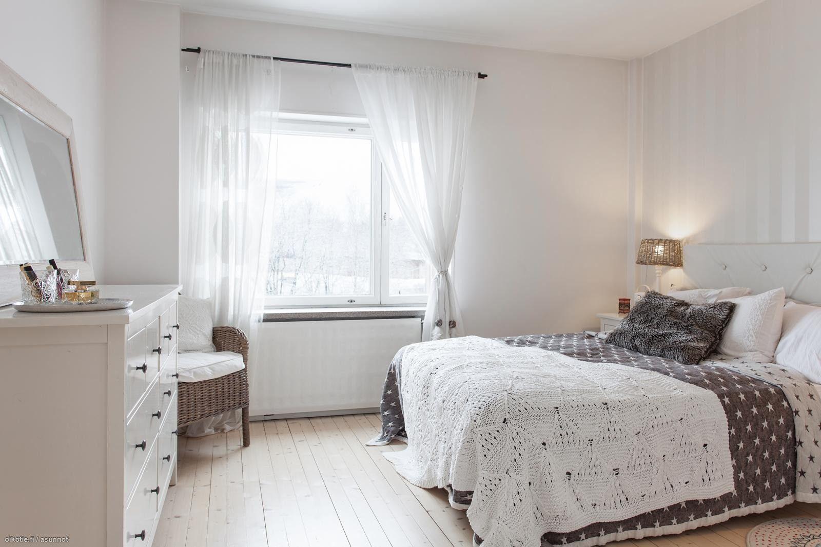 Maalaisromantiikkaa kaksiossa: makuuhuone - Oikotie Sisustus