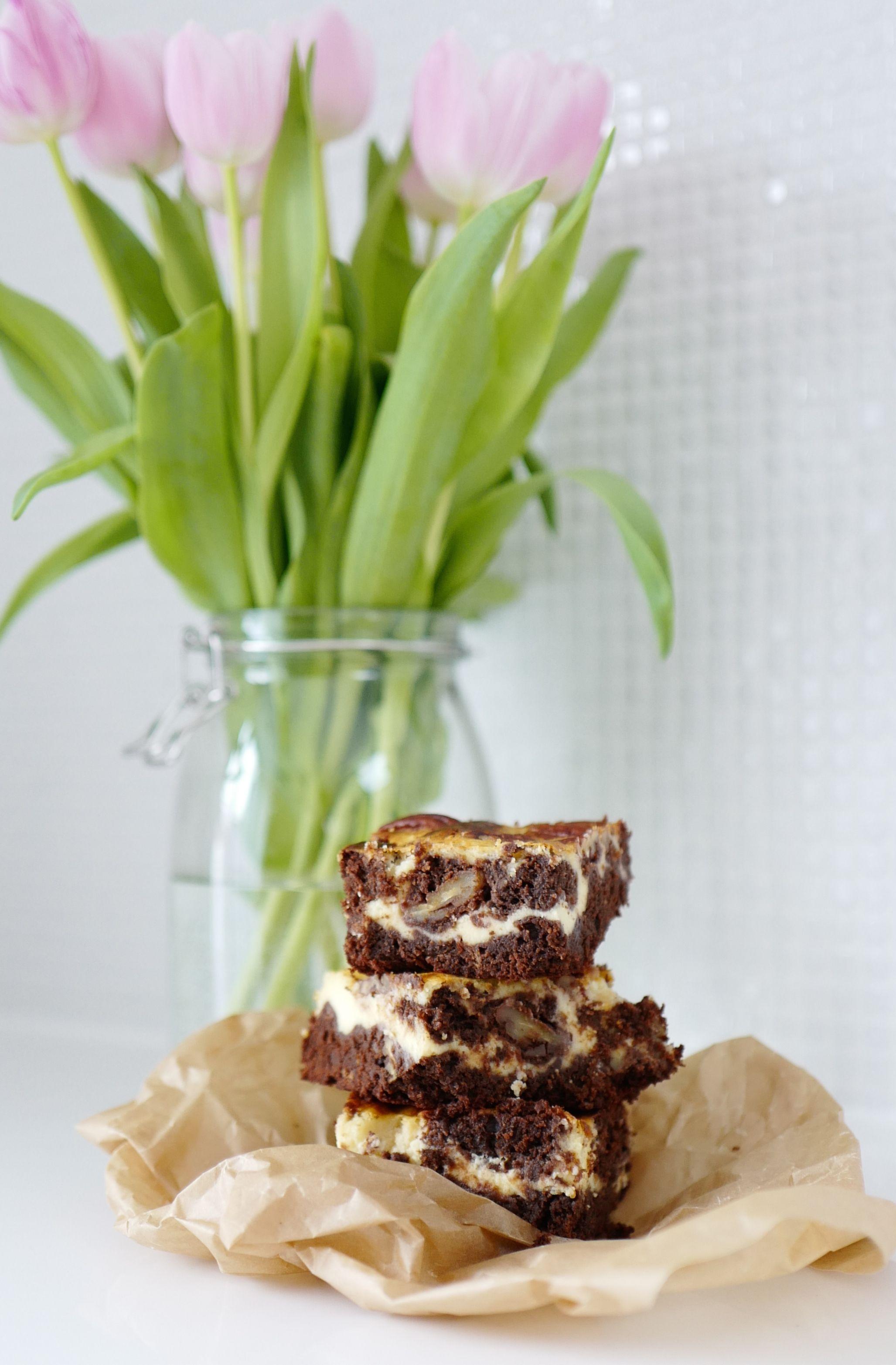 The ultimate, super moist cheese cake brownie l super saftiger Frischkäse Brownie