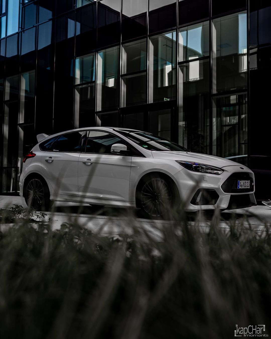 fantastic. ______________________________________________ #ford #fordperformance #fordperformanceclub #fordperformanceracing #fordfocus #focusrs #focusrsmk3 #focusrsowners #white #car #carsofinstagram #photo #photography #street #streetstyle #streetphotography #urban #urbanphotography #evening #eveningshot #augsburg #bayern Photo by @kapcher_moments